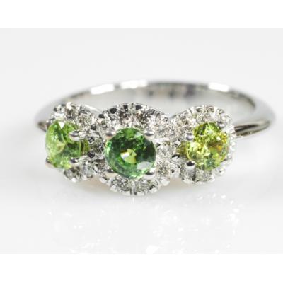 Trilogy con smeraldi
